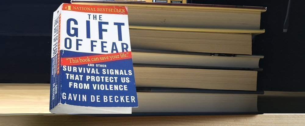 Book Review The Gift Of Fear